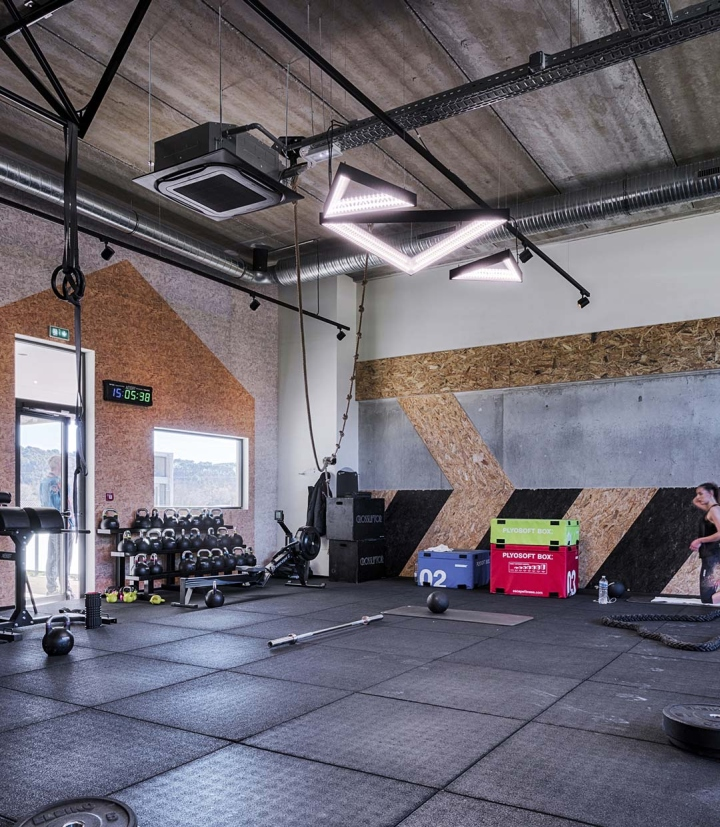Metabolik-gym-club-by-Red-Banana-Studio-Aix-en-Provence-France-05