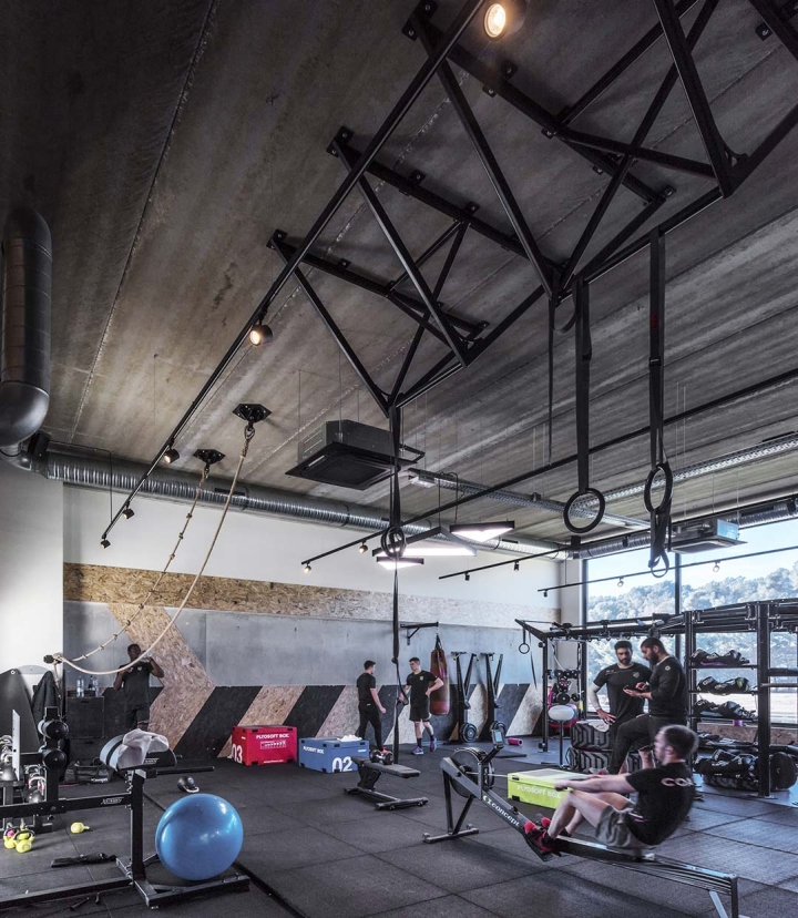 Metabolik-gym-club-by-Red-Banana-Studio-Aix-en-Provence-France-06
