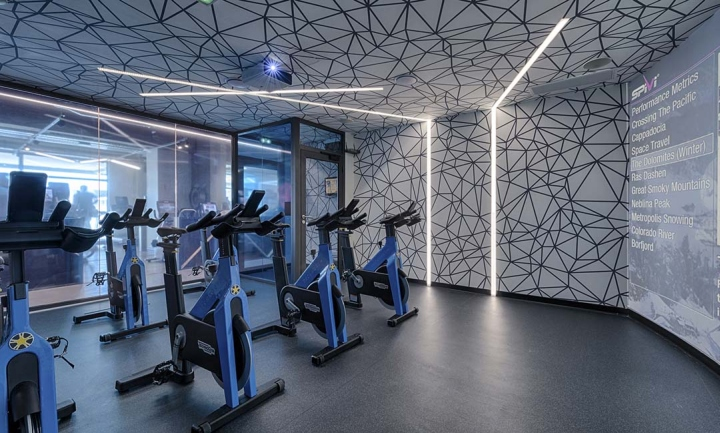 Metabolik-gym-club-by-Red-Banana-Studio-Aix-en-Provence-France-10