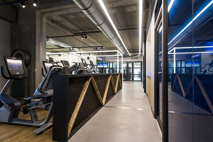 Metabolik-gym-club-by-Red-Banana-Studio-Aix-en-Provence-France-11