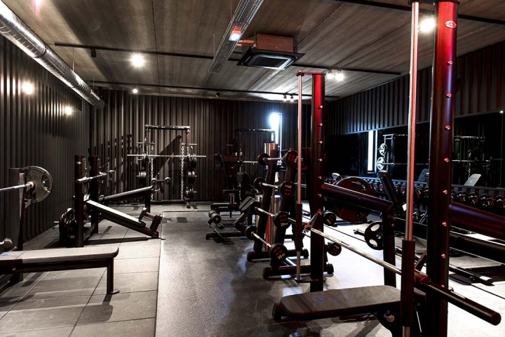 Metabolik-gym-club-by-Red-Banana-Studio-Aix-en-Provence-France-21