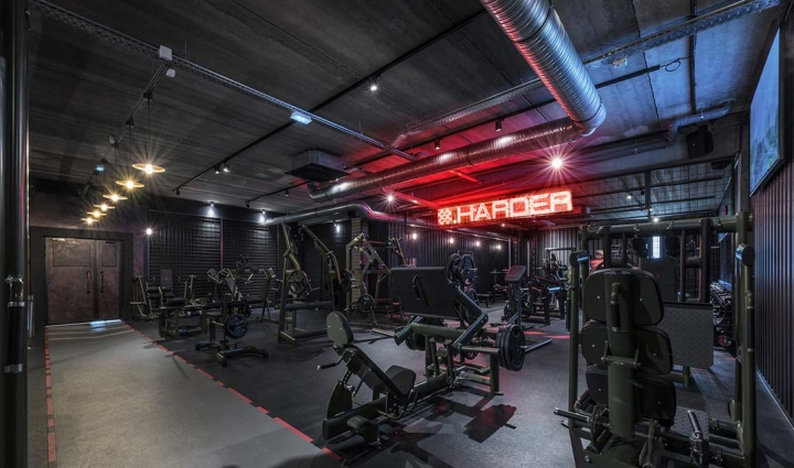 Metabolik-gym-club-by-Red-Banana-Studio-Aix-en-Provence-France-29