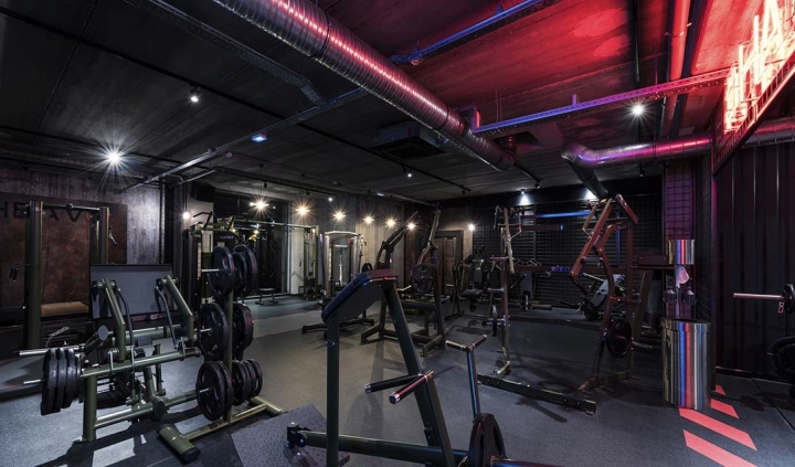 Metabolik-gym-club-by-Red-Banana-Studio-Aix-en-Provence-France-30