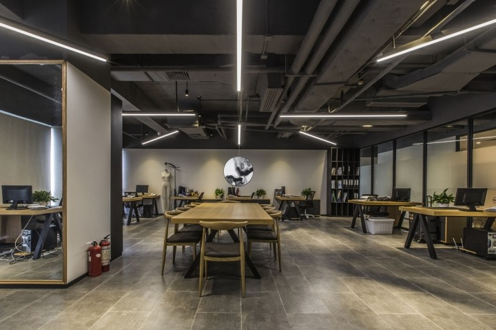 OUALLIN-clothing-office-by-Bernard-Space-Design-Tianan-Cyber-Park-Office-Showroom06