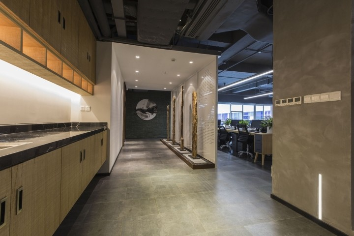 OUALLIN-clothing-office-by-Bernard-Space-Design-Tianan-Cyber-Park-Office-Showroom27