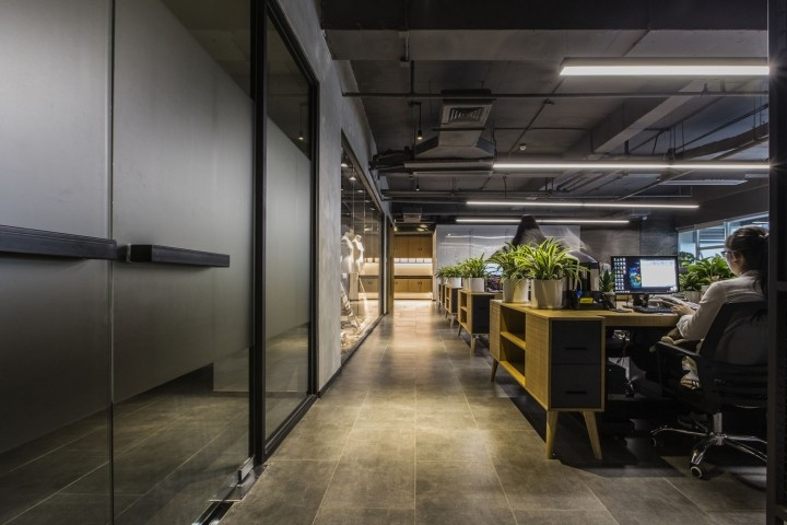 OUALLIN-clothing-office-by-Bernard-Space-Design-Tianan-Cyber-Park-Office-Showroom30