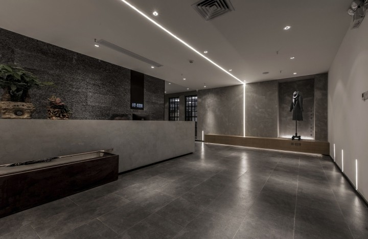 OUALLIN-clothing-office-by-Bernard-Space-Design-Tianan-Cyber-Park-Office-Showroom33