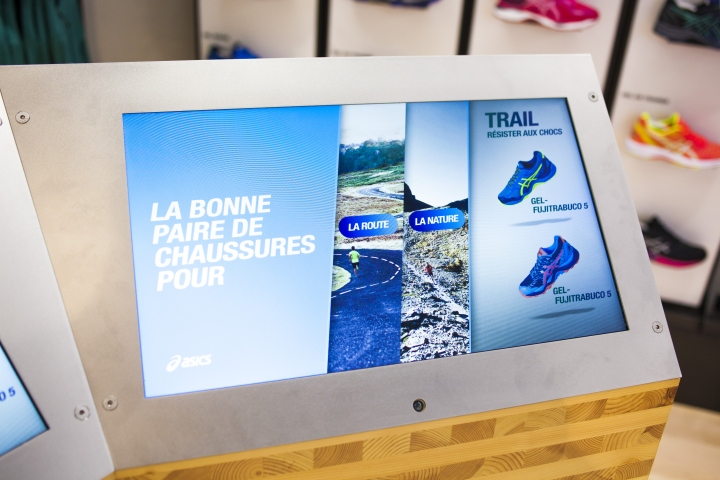 ASICS-retail-concept-by-Green-Room-Brussels-Belgium01