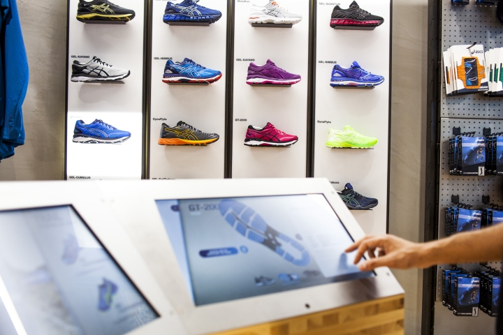 ASICS-retail-concept-by-Green-Room-Brussels-Belgium03