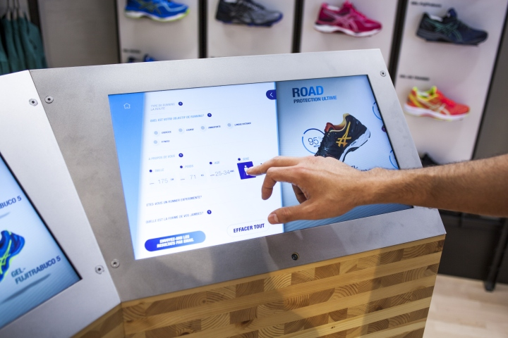 ASICS-retail-concept-by-Green-Room-Brussels-Belgium04