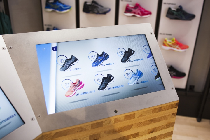 ASICS-retail-concept-by-Green-Room-Brussels-Belgium05