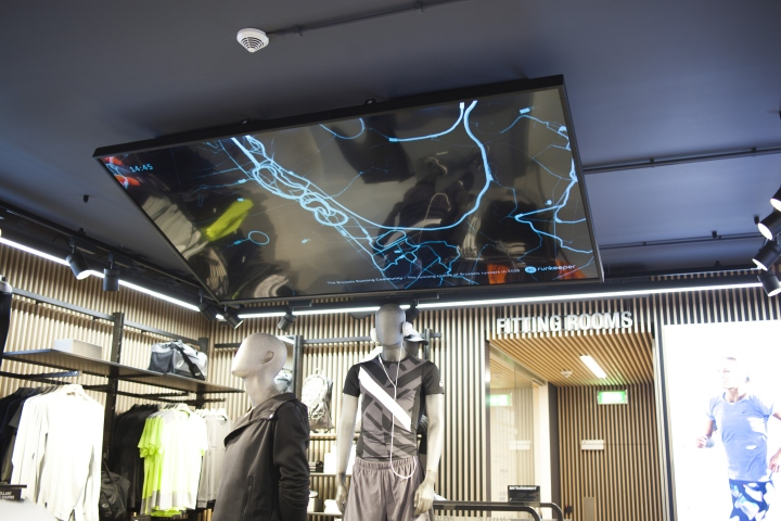 ASICS-retail-concept-by-Green-Room-Brussels-Belgium07