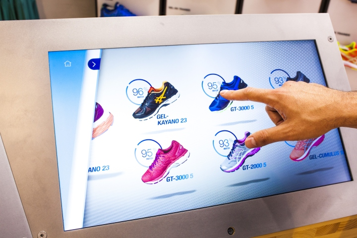 ASICS-retail-concept-by-Green-Room-Brussels-Belgium08