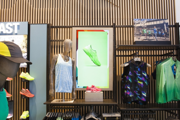 ASICS-retail-concept-by-Green-Room-Brussels-Belgium10