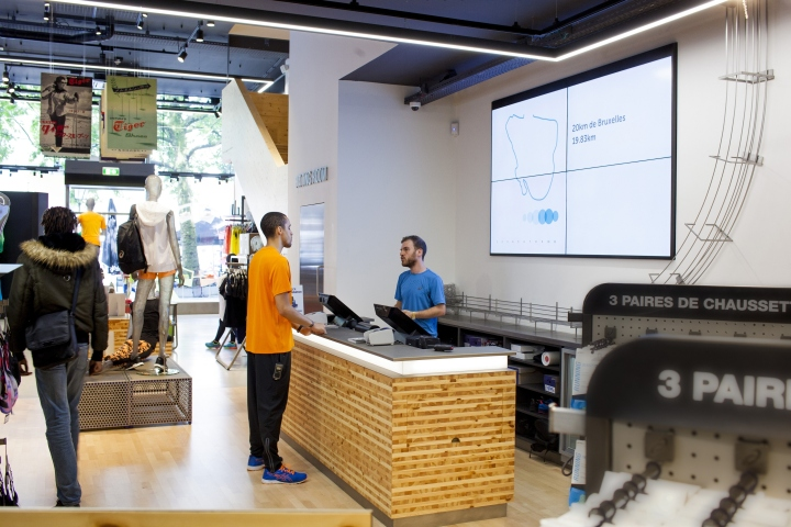 ASICS-retail-concept-by-Green-Room-Brussels-Belgium13