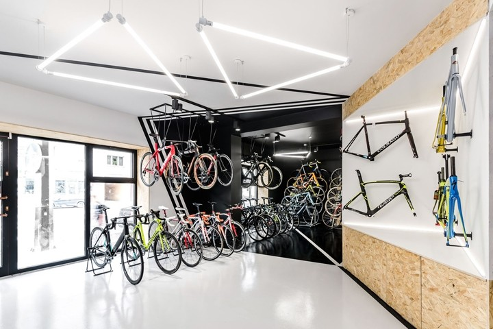 VELO7-Cycle-Shop-by-mode-lina-architekci-Poznan-Poland