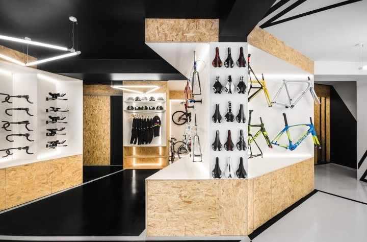 VELO7-Cycle-Shop-by-mode-lina-architekci-Poznan-Poland02