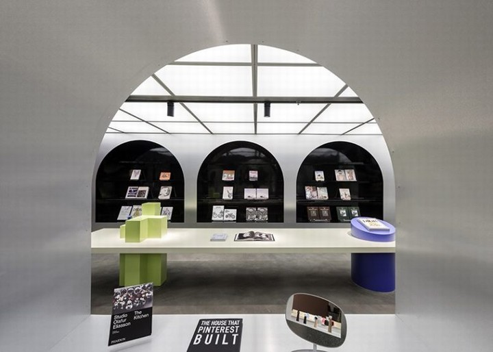 Harbook-store-by-Alberto-Caiola-06-780x557